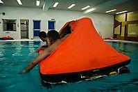 Sicherheitstraining im Schwimmbad
